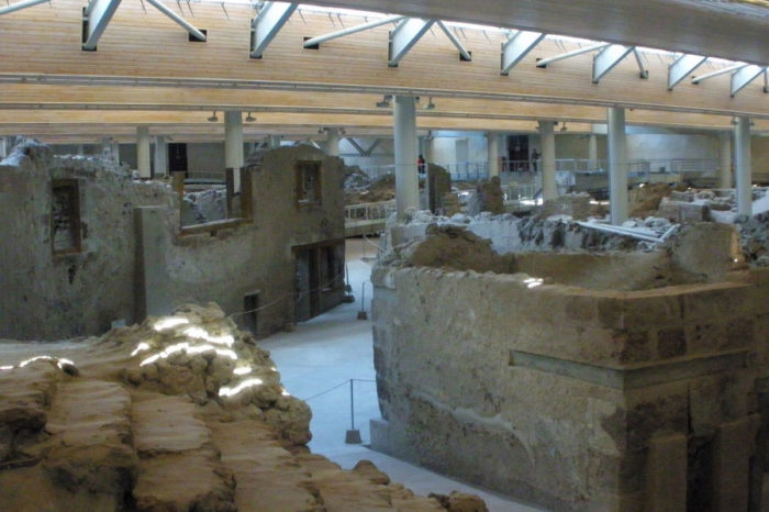 Akrotiri Archaeological Tour